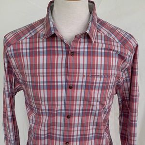 Under Armour UA red plaid shirt with stretch Large